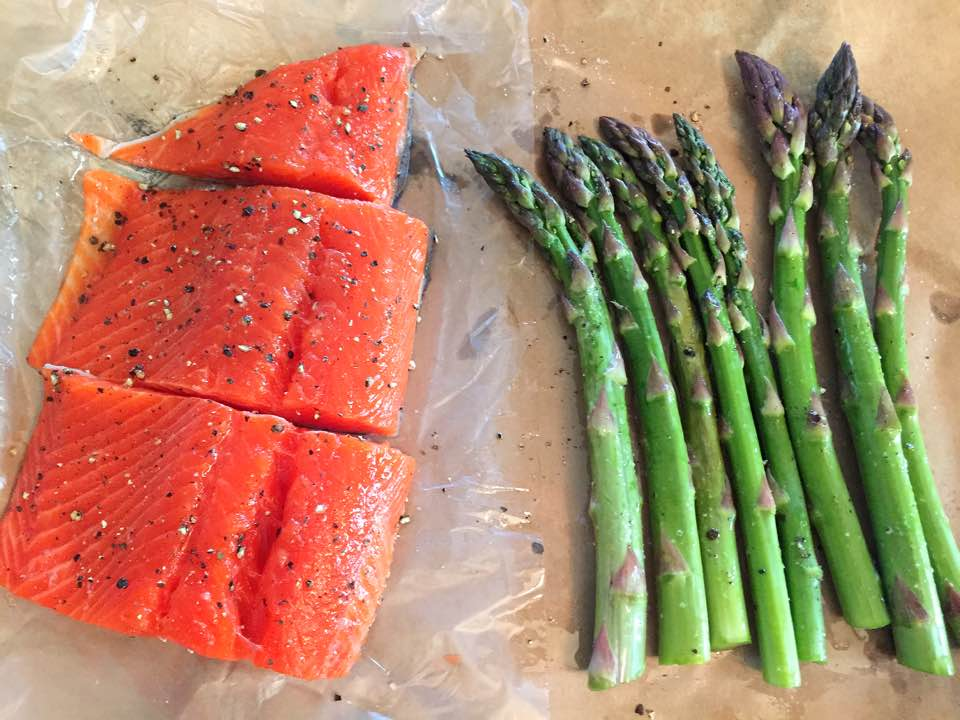 Grilled Salmon and Asparagus with Aioli Sauce8