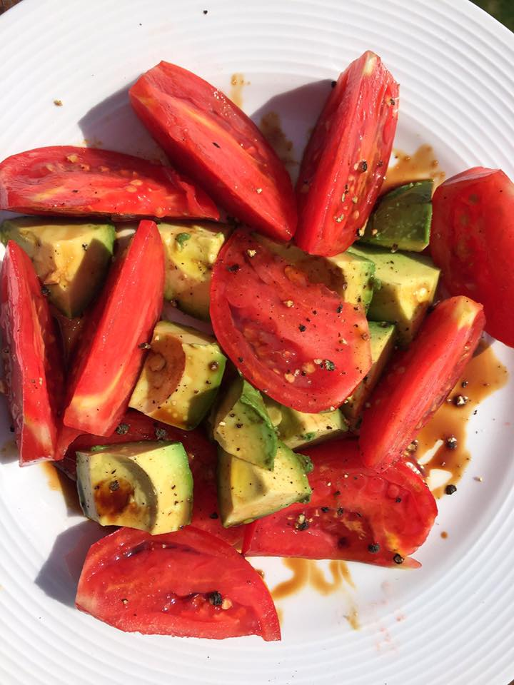 Tomato Avocado Salad with Balsamic Reduction2