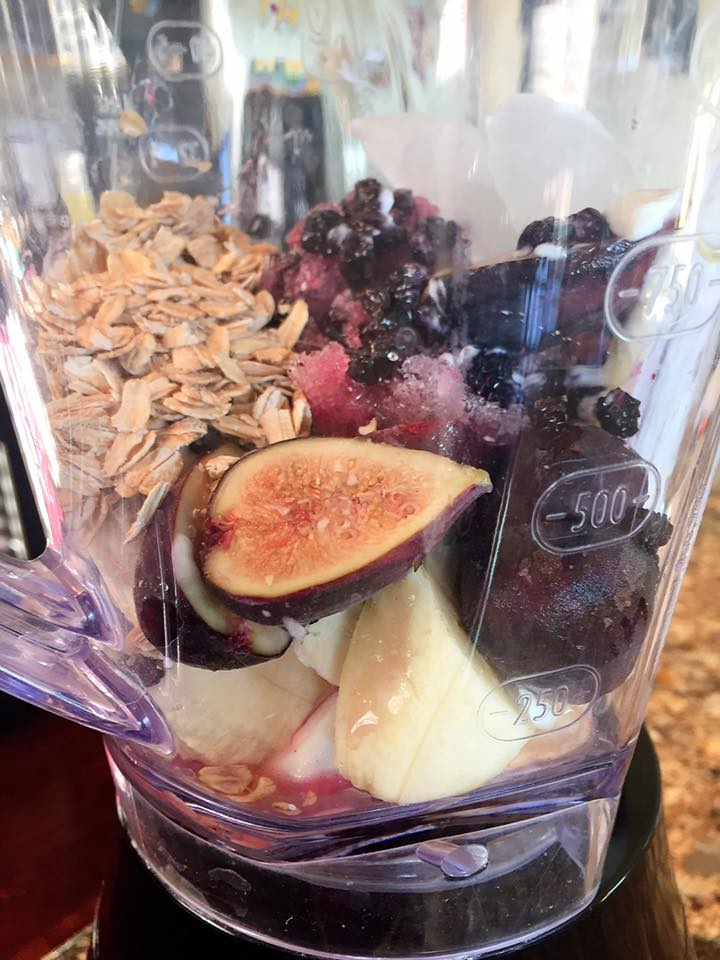 Blueberry Fig Banana Smoothie