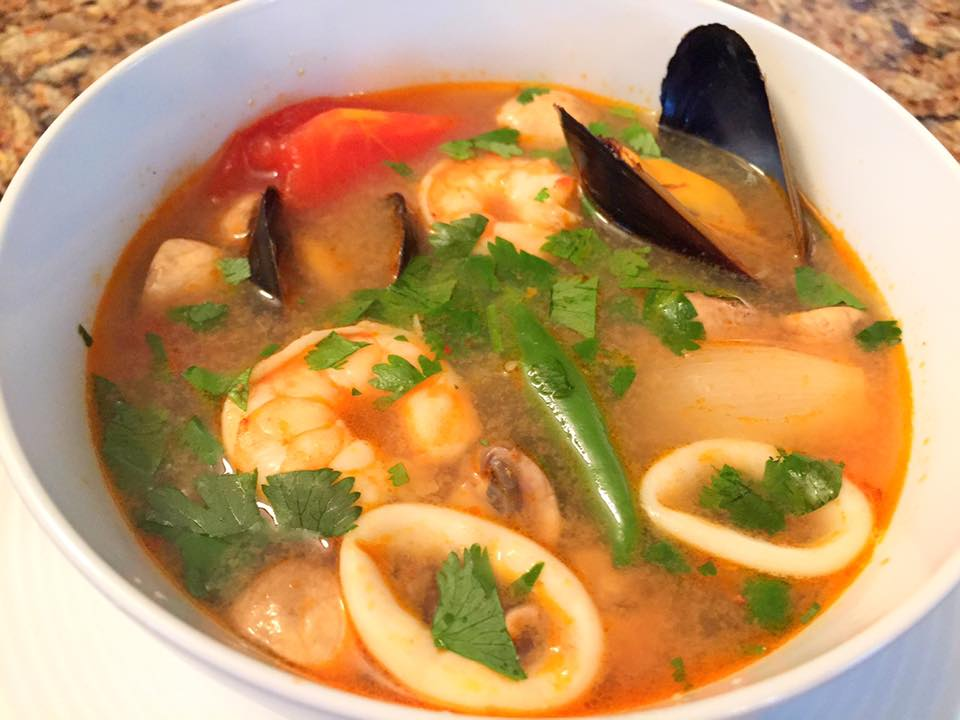 Thai seafood soup tom yum talay let 39 s cook some food for Thai fish soup